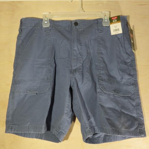 Wrangler Other - NWT Wranglers Cargo Shorts Mens Blue 38